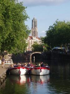 Tapasboot voor de Dom in Utrecht
